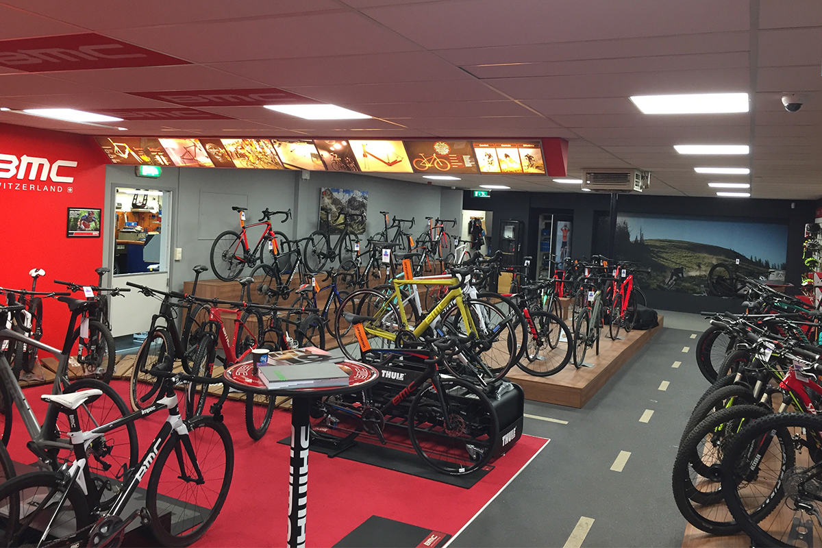 Specialized en bmc hoek Egberts nieuw SmiLED Lighting