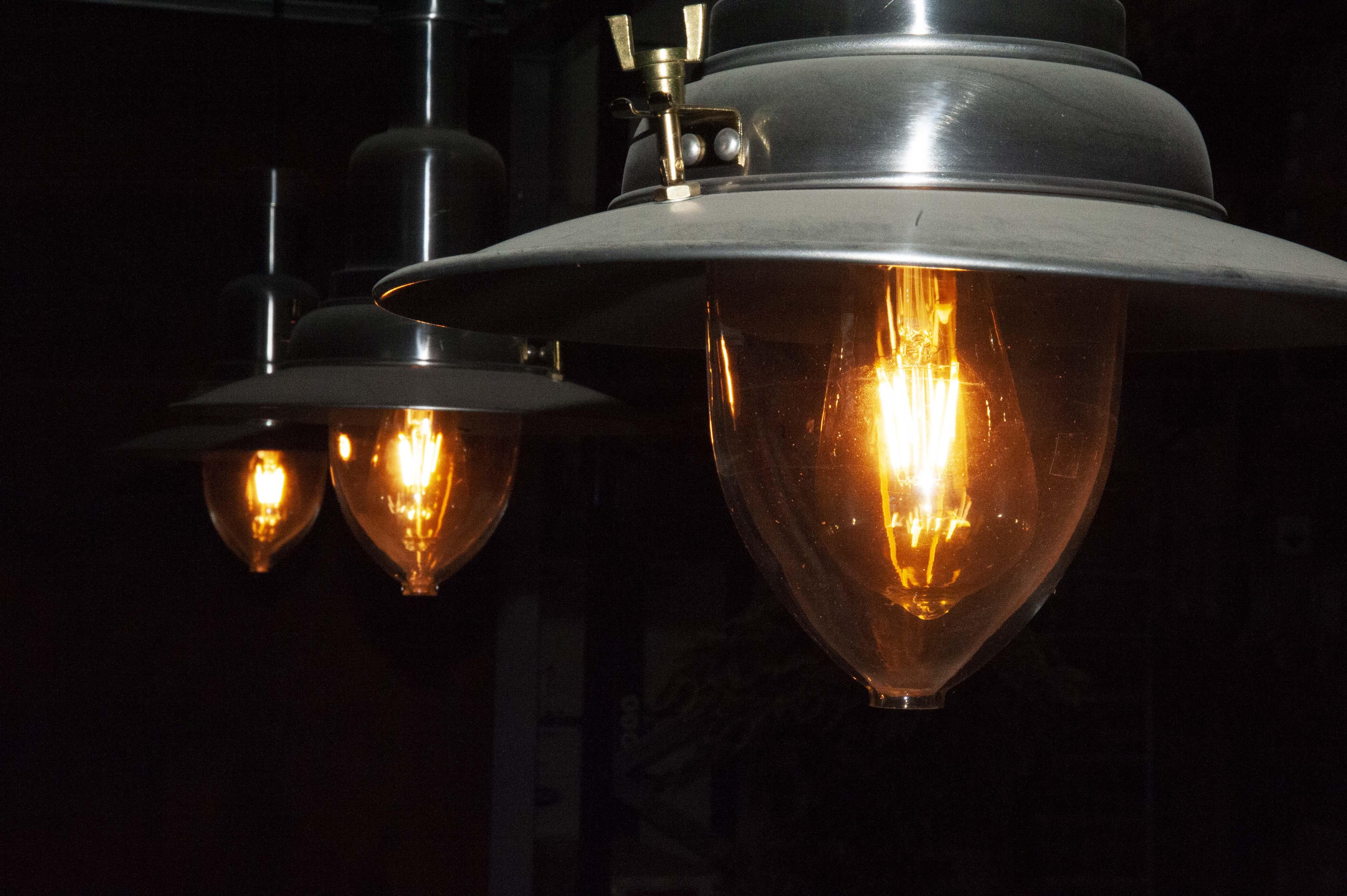 Leroux bulb SmiLED Lighting