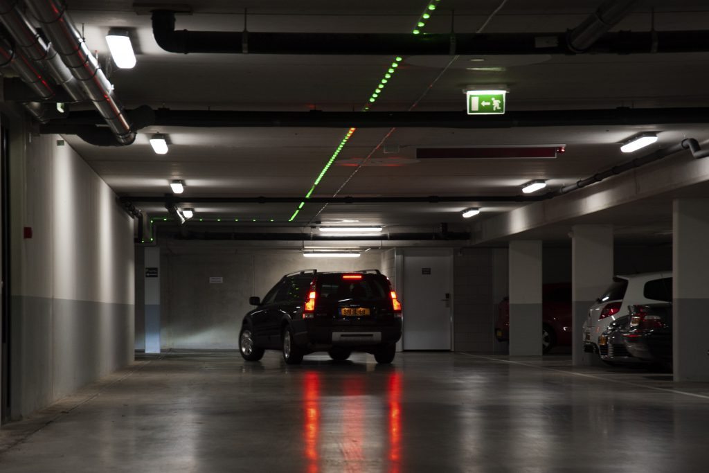 Volvo parkinggarage Apollo Hotel rijverlichting SmiLED Lighting BV
