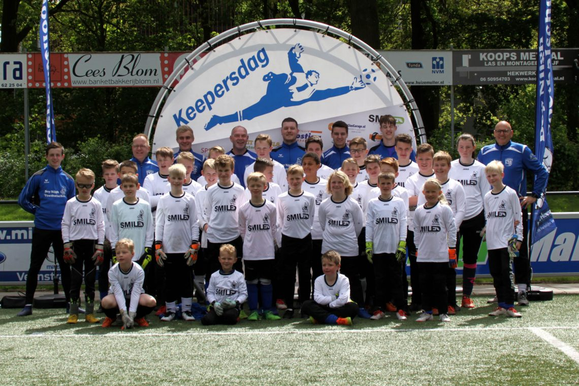 Boy Nijgh voetbalschool shirtsponsor SmiLED Lighting